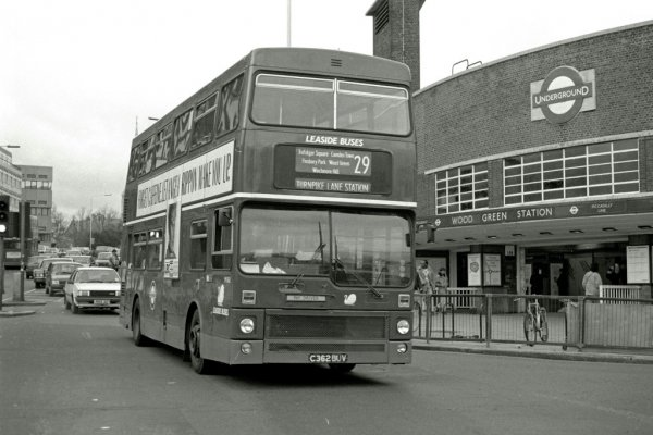 29 bus 90s